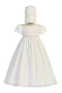LTDiana : Cotton smocked gown with bonnet
