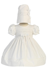 Short cotton smocked dress with bonnet