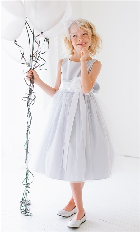 #SK402silver : Sleeveless Satin and Tulle Dress